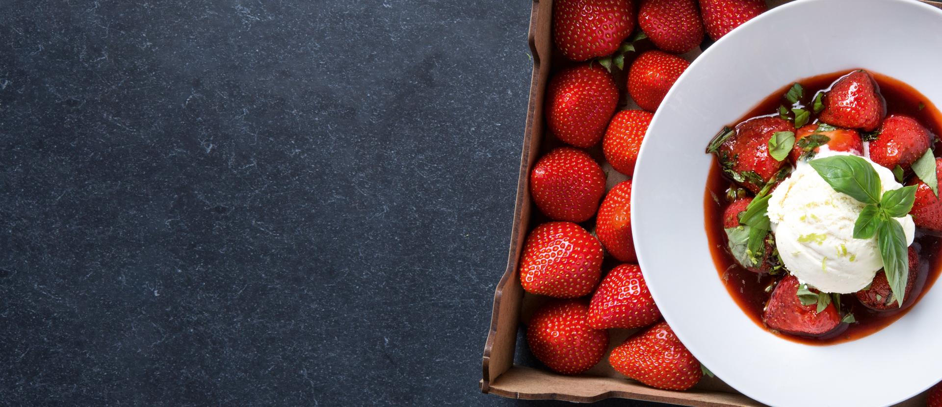 Aardbeien met Pedro Ximenez, basilicum en peper